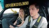 Ľudia reagujúci na prechádzku s Lotus Exige 380 Sport LT
