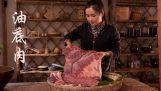 Entspannende chinesische Küche: Fleisch mit Gemüse