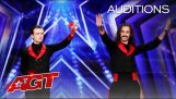 De magische act van Demented Brothers bij America's Got Talent