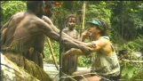 Η φυλή των Toulambis έρχεται για πρώτη φορά σε επαφή με λευκούς