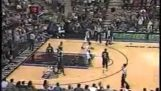 """Probably the best """"blind"""" any in NBA history by Peja Stojakovic"""