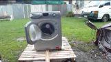 מכונת הכביסה הזה הרס עצמי