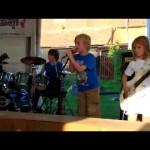 Τα πιτσιρίκια παίζουν Metallica