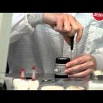 Η κατασκευή της φωτογραφικής μηχανής Leica M9-P Edition Hermès