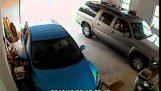 Ako ťažké je dostať von z garáže;
