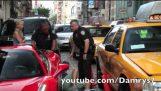 Η Ferrari και ο αστυνομικός