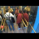 Το έξυπνο ασανσέρ