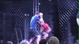 Διπλό νοκάουτ σε αγώνα MMA