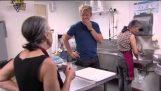 Chef Gordon Ramsay visita um restaurante grego