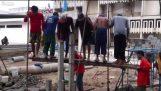 Trabalhadores da construção civil na Tailândia