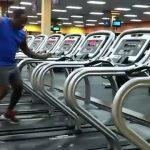 Χορευτικό στον διάδρομο γυμναστικής