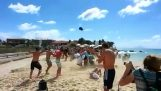 Προβλήματα στην παραλία