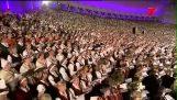 Un coro 15.000 gente