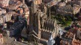L'imposante église Sagrada Família