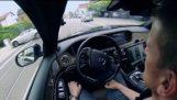 На автономните автомобил на Мерцедес-Бенц