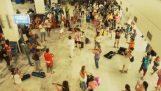 Flashmob από Ισπανική ορχήστρα στο αεροδρόμιο του Ηρακλείου