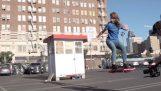 Sofistikovaná komedie s Hoverboard