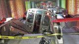 शिकागो में डरावना ट्रेन derailment
