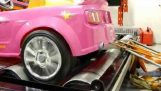 Το αυτοκίνητο της Barbie στο δυναμόμετρο