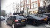 Chiar şi cu un Lamborghini Aventador în Londra