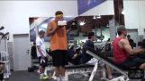 Junk Food στο γυμναστήριο