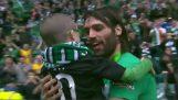 ジョージ Samaras よちよち歩きの幼児の最高の贈り物になります
