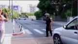 Graffiti pommi VS poliisi robotti