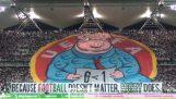 Legia प्रशंसकों UEFA के खिलाफ प्रभावशाली बैनर उठा