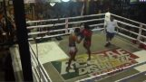 Ένας απρόβλεπτος αγώνας kickboxing