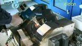 Καθαρισμός με ένα λέιζερ 1000 watt