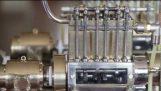 Osobu koja je iza najmanji V-12 motor na svetu
