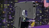 可以折疊起來看起來像是一部智慧手機可以射擊兩發子彈的槍