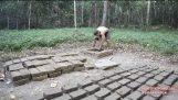 原始的な技術: 泥レンガ