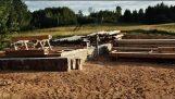 स्क्रैच से एक लकड़ी के घर का निर्माण