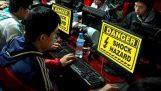 Studentka zemře elektrickým proudem v internetové kavárně
