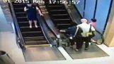 Για πρώτη φορά στις κυλιόμενες σκάλες
