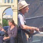 Ο Remi Gaillard δίνει 500€ στους περαστικούς