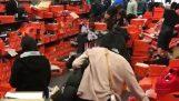 Κατάστημα της Nike μετά το Black Friday