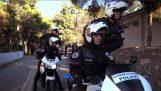 希腊警察的模特挑战