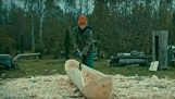 Η παραδοσιακή κατασκευή ενός μονόξυλου κανό