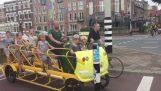 Schule Fahrrad-Bus in Niederlanden