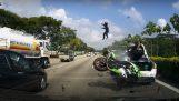 Σφοδρή σύγκρουση μοτοσικλέτας με αυτοκίνητο