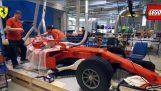 लेगो के साथ वास्तविक आकार में फेरारी F1 कार