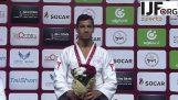 İsrail bir Judo şampiyonu ödüllendirme yılında Milli Marşı oynamayı reddetti