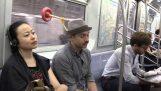 A biztonságos módja, hogy aludni a metróban