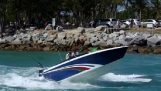Knockout in speedboat