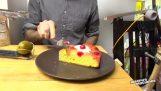Η μηχανή που σερβίρει κέικ
