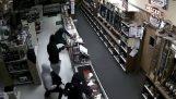 Le vol de 50 armes magasin au Texas