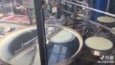 Αυτόματη μηχανή για κρέπες