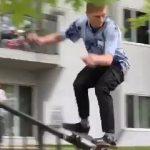 Skateboarder εναντίον αυτοκινήτου